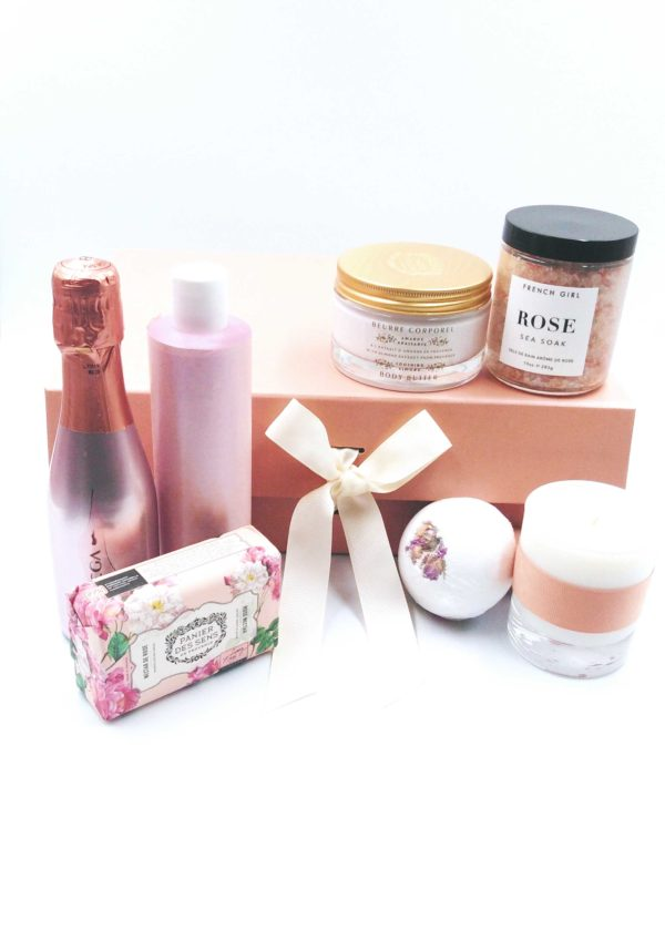 Giftboxes-Bath-and-Bubbles_Outside