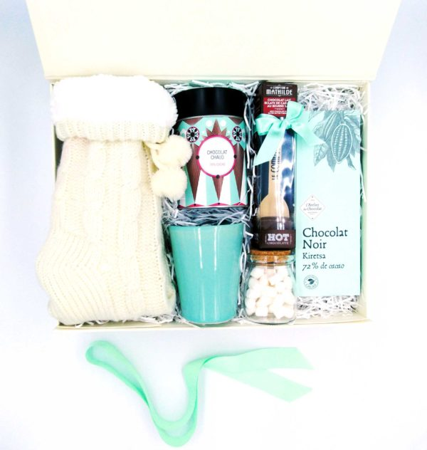 Giftboxes-The-Hot-Choc-Kit_Overhead